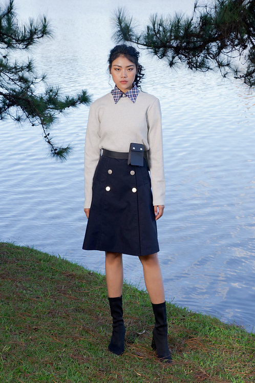 FW18: TOP(A15): 850.000 VND SKIRT(V7) 1.250.000 VND