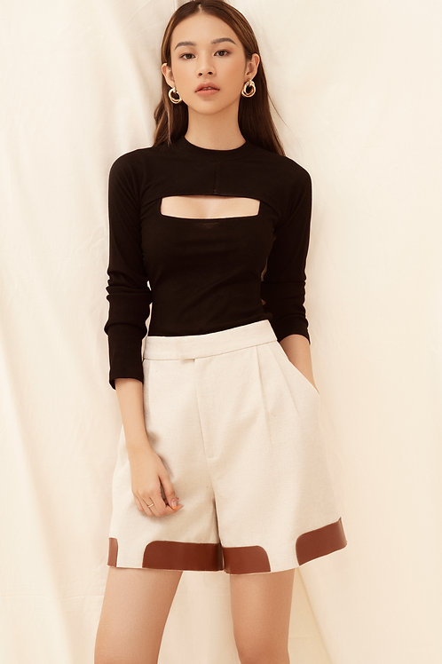SS20: TOP(A20): 1.250.000 VND PANTS(Q7): 1.250.000 VND