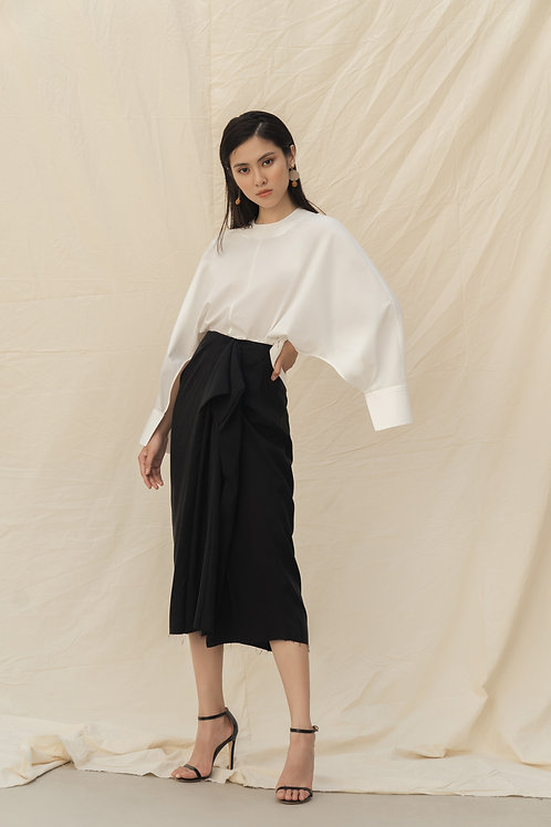 SS19: TOP(A10): 1.250.000 VND SKIRT(V2): 1.950.000 VND