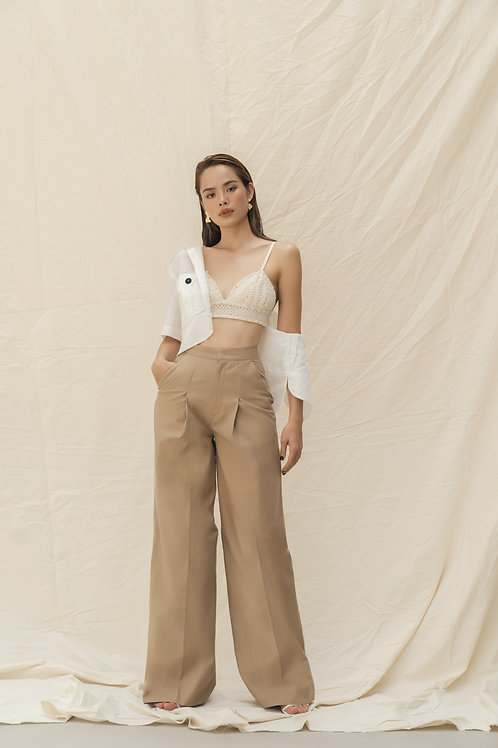 SS19: TOP(A17): 1.250.000 VND PANTS(Q2): 1.250.000 VND