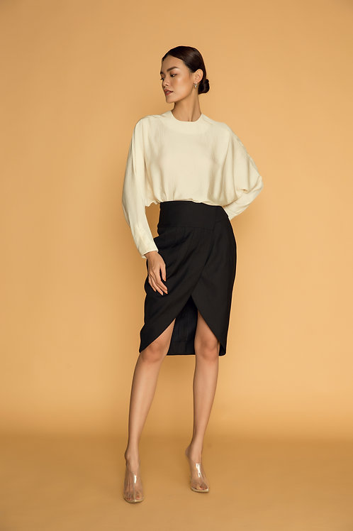 PF18: TOP(A8): 1.350.000 VND SKIRT(V4): 1.250.000 VND