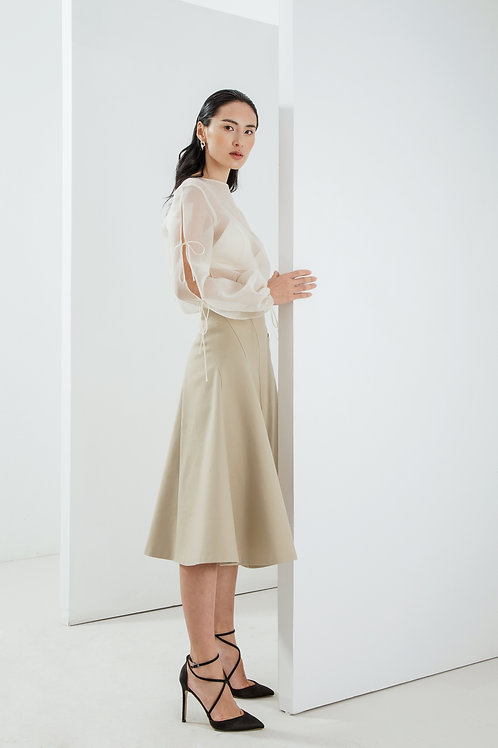 SS18:A10/V5 Top: 1.750.000 VND Skirt: 910.000 VND