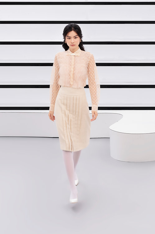 PF20: TOP(A6): 2.550.000 VND SKIRT(V4): 1.650.000 VND