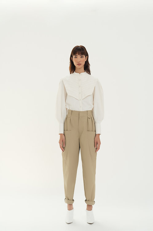 PF19: TOP(A5): 1.450.000 VND PANTS(Q8): 1.450.000 VND