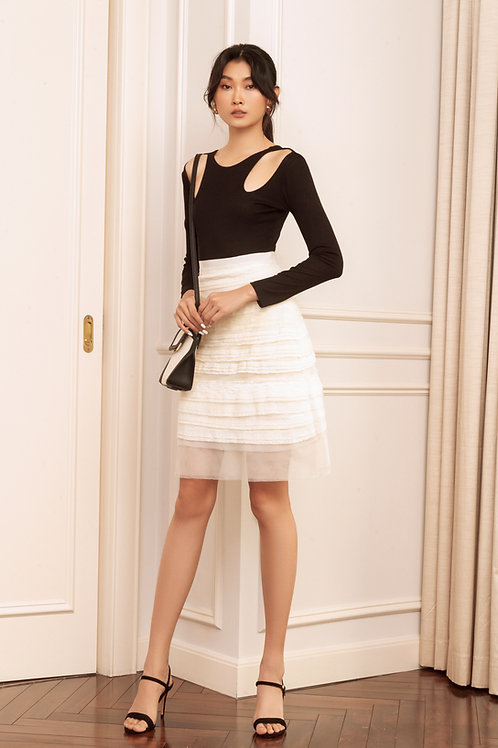 RS20: TOP(A6): 1.250.000 VND  SKIRT(V3): 1.450.000 VND