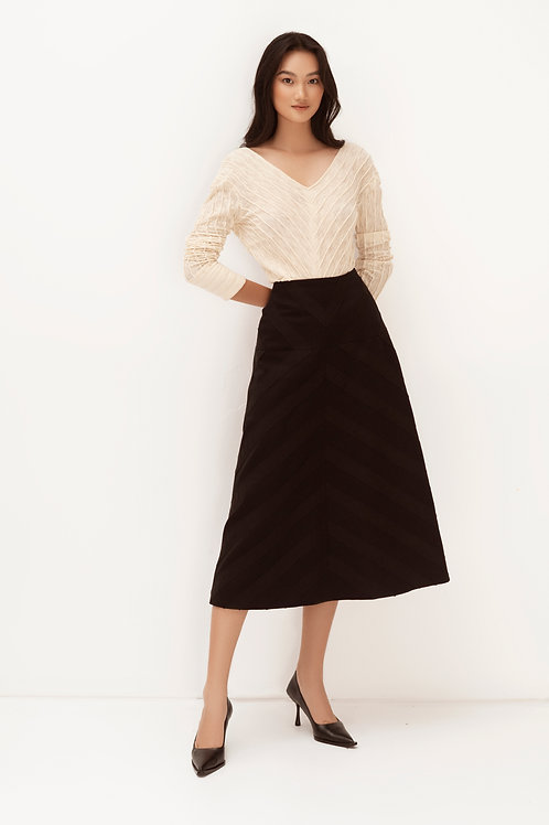 SS20: TOP(A8): 1.250.000 VND  SKIRT(V2): 1.650.000 VND