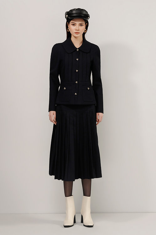 FW20: TOP(A08): 1.950.000 VND SKIRT(V03): 1.750.000 VND