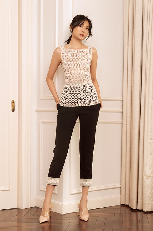 RS20: TOP(A7): 1.550.000 VND  PANTS(Q2): 1.450.000 VND