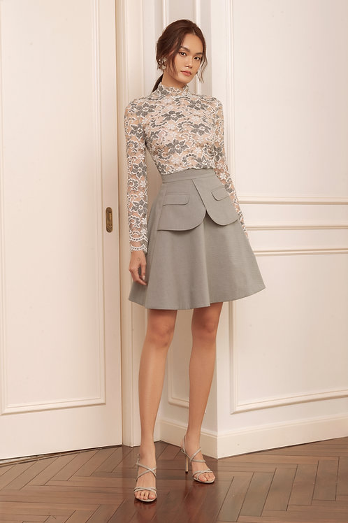 RS20: TOP(A5): 1.550.000 VND  SKIRT(V2): 1.250.000 VND