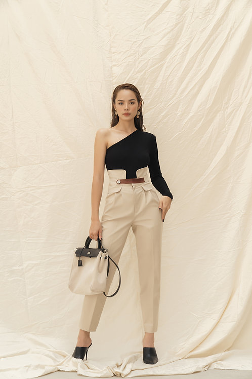 SS19: TOP(A1): 1.150.000 VND PANTS(Q1): 1.450.000 VND