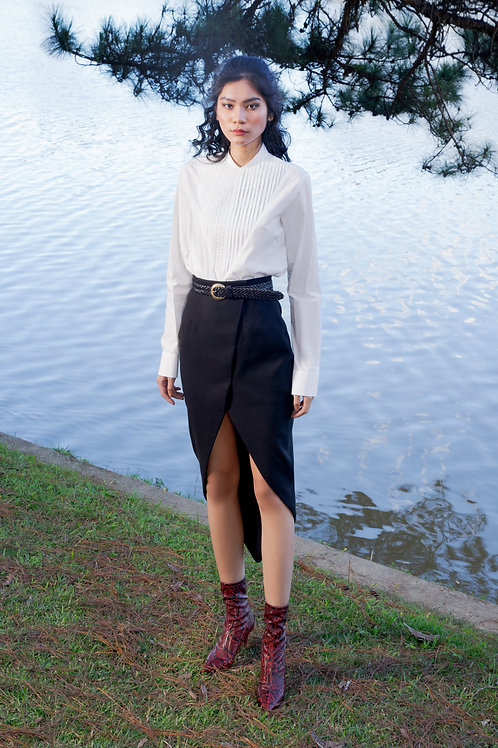 FW18: TOP(A17): 1.450.000 VND SKIRT(V8) 1.350.000 VND