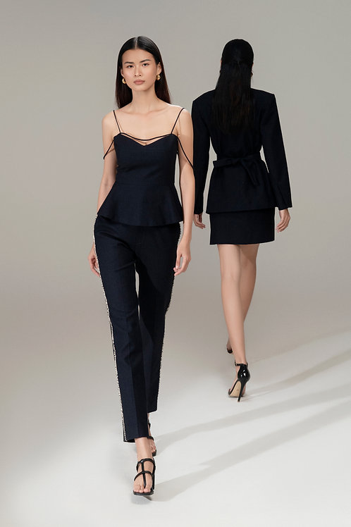 RS21: TOP(A17): 1.450.000 VND PANTS(Q06): 1.450.000 VND