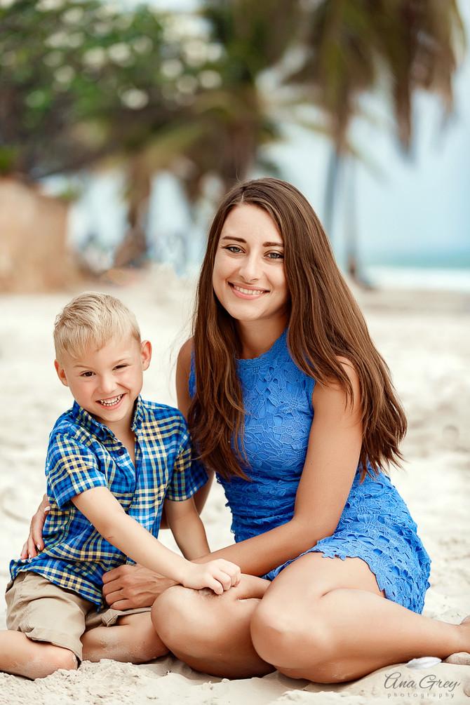 Hua Hin family shoot at Centara Grand resort and villas