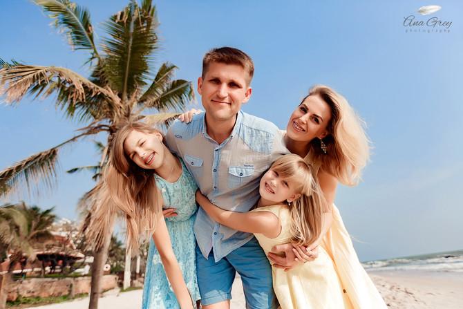 Hua Hin family photographer Centara grand beach resort and villas