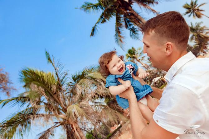 Family photoshoot at Centara Grand beach resort Hua Hin