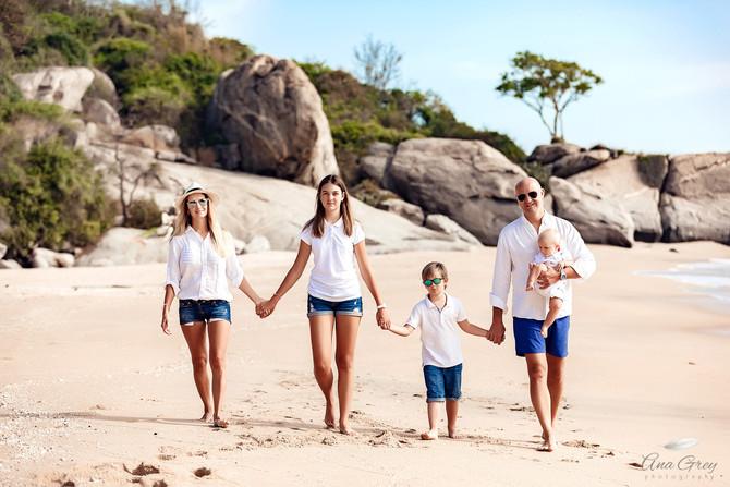 Hua Hin family photoshoot at Sai Noi beach. Hua Hin photographer
