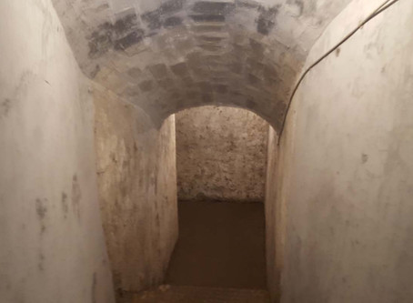 Conhecendo um bunker de Mussolini por dentro