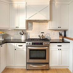Kitchen_int.jpg