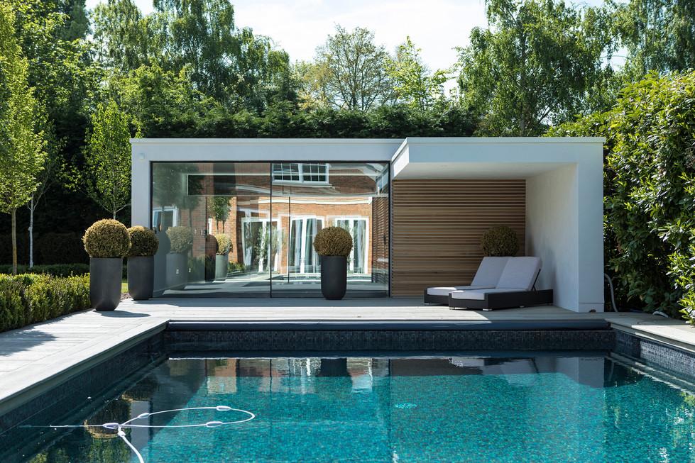 Pool House 04 sml.jpg