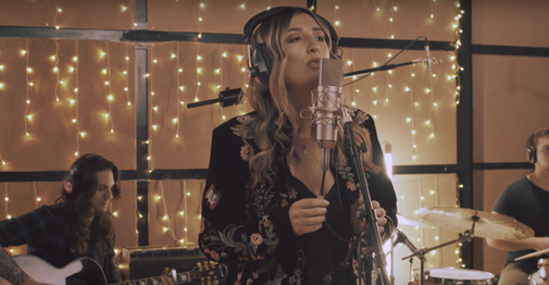Music | Jess Thristan Live at Resident Studios