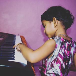 Apprendre un instrument musical