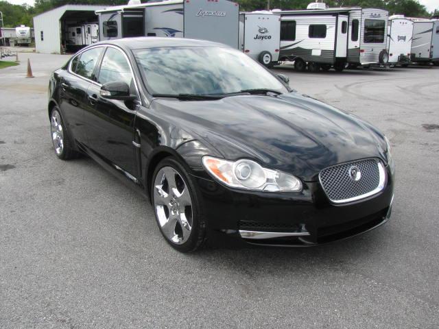2009-jaguar-xf-supercharged-004.jpg