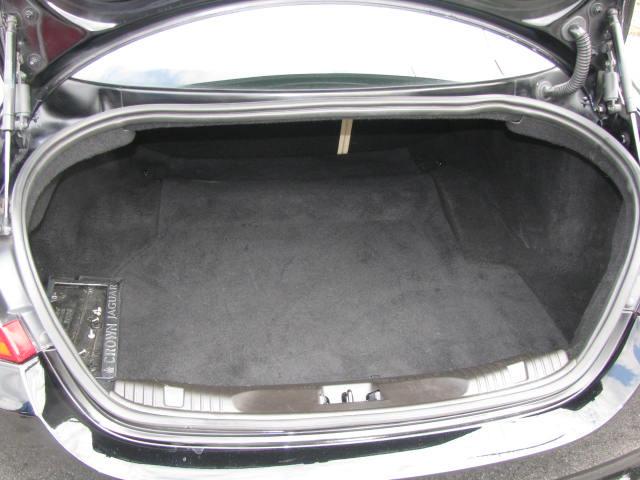 2009-jaguar-xf-supercharged-017.jpg