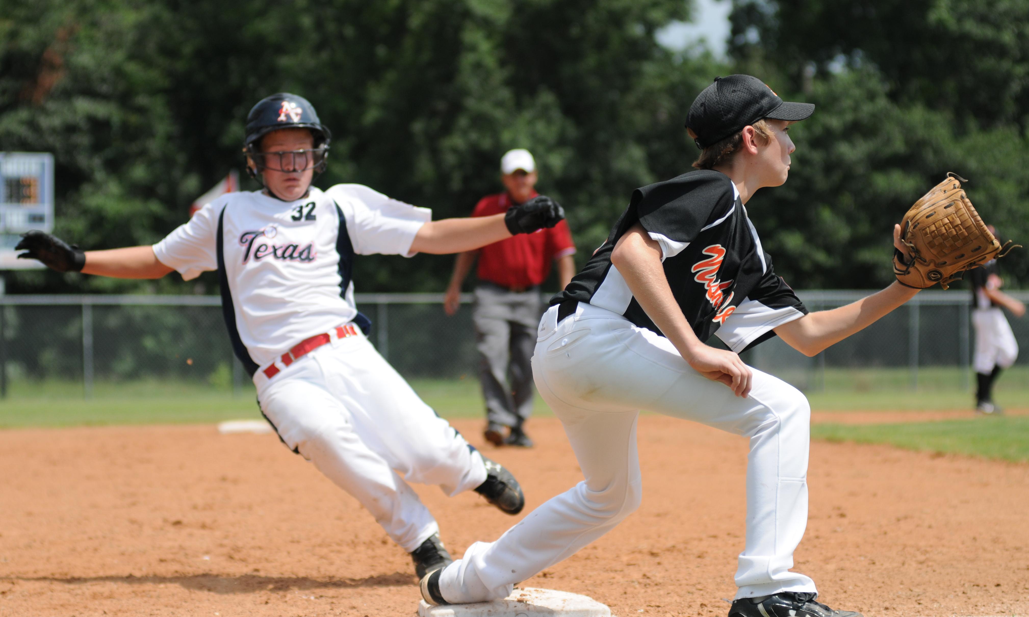 08.03.09_baseball6.jpg