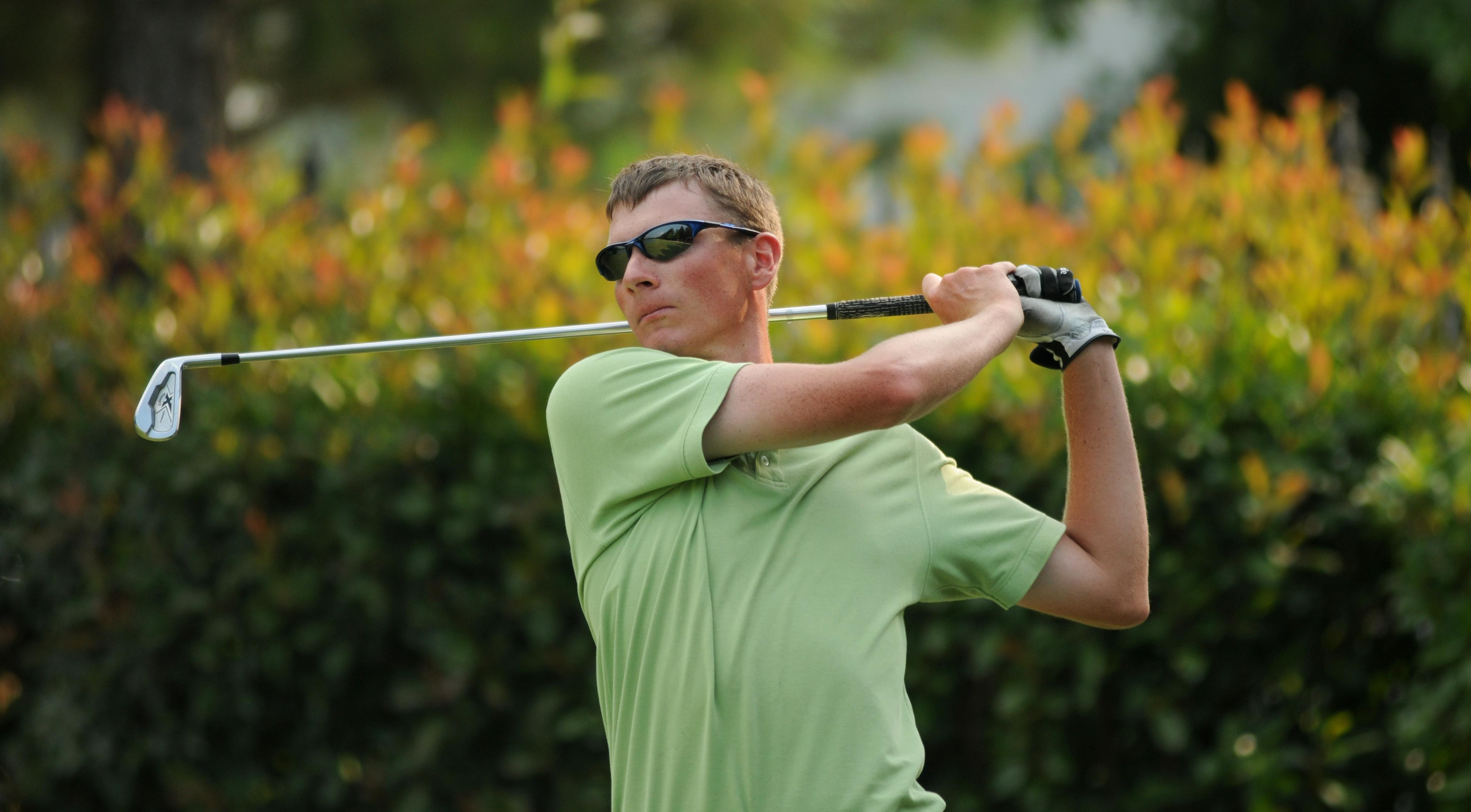 06.14.09_golf2.jpg
