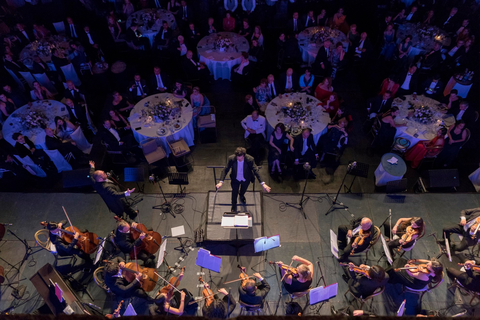 Isofom felipe orchestra aerial view