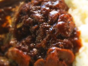 懐かしの洋食「ハヤシライス」。シェフの気まぐれメニューで提供中!