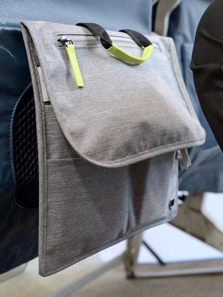 Entire Insert Hangs from Seat Pocket