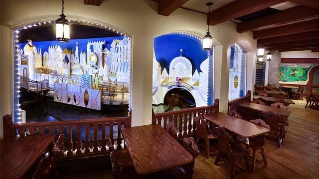 Magic Kingdom Dining - Pinocchio Village Haus (lunch)