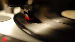 phonograph-music-hd-wallpaper-1920x1080-6932.jpg
