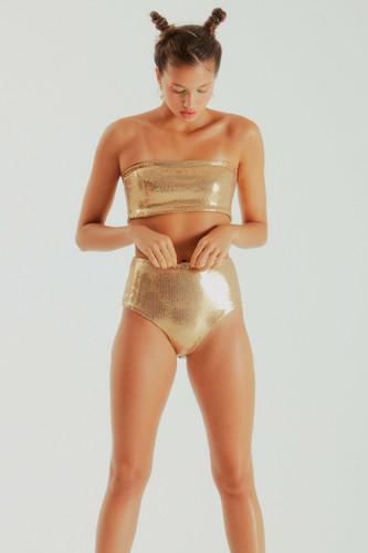 da652c11d hot pants dora • paetê dourado