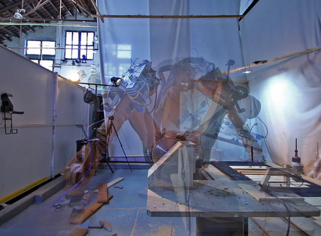 ROBOTIC FABRICATION IN ARCHITECTURE, ART AND DESIGN