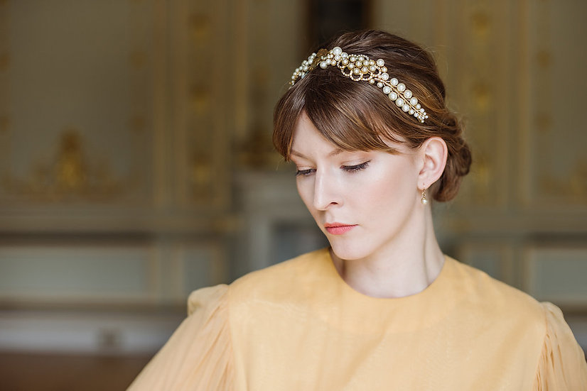 Antique Gold and Pearl Cluster Headband