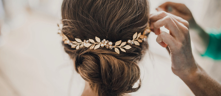 TRIALS AND TRIBULATIONS - 5 TIPS FOR PERFECT WEDDING HAIR