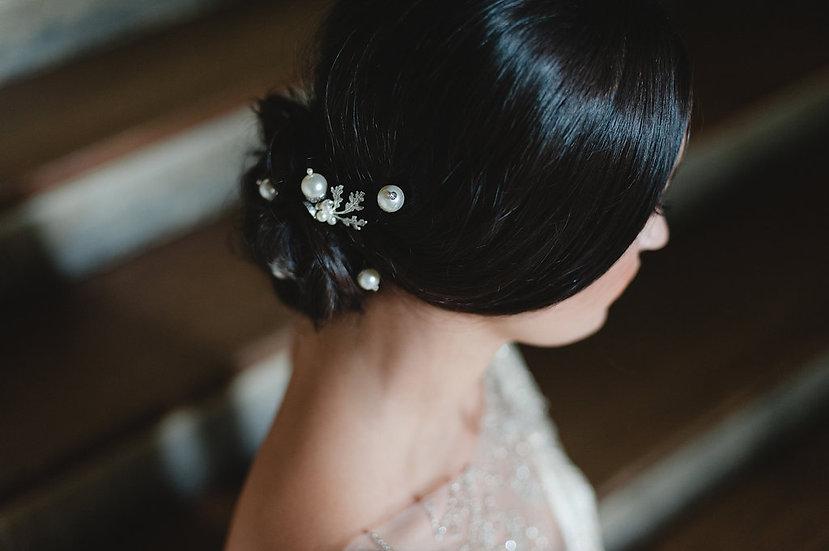 Petworth Pearl Acorn Leafy Hair Pin