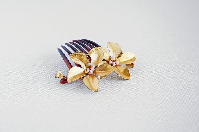 Hibiscus comb