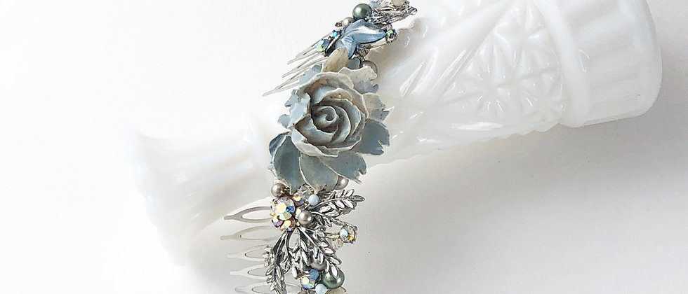 Blousy Blue Flower  hair comb