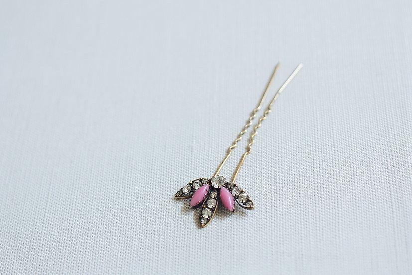 Pink Flower Bud Vintage Paste Hair Pin