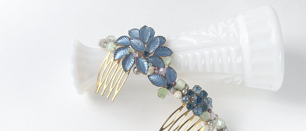 Sky Blue Pressed Glass Leafy hair comb
