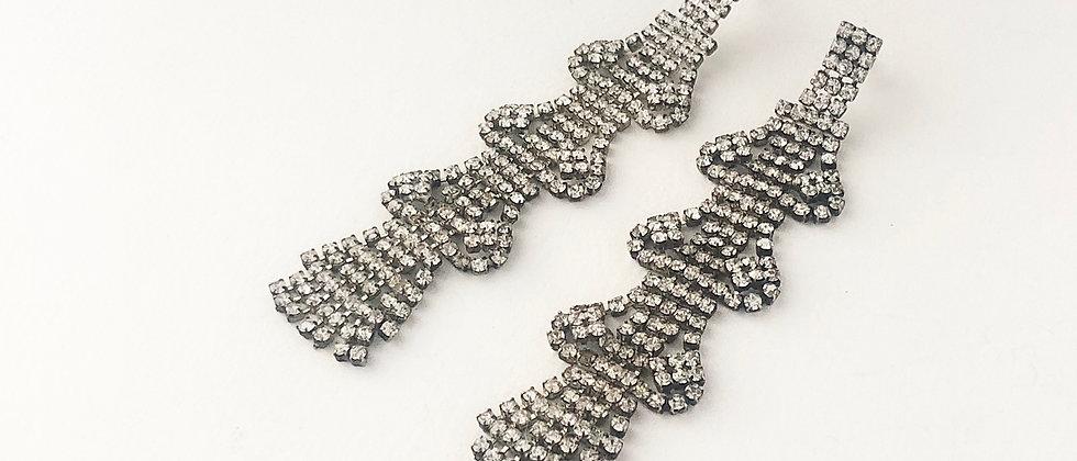 Diamante ribbon earring