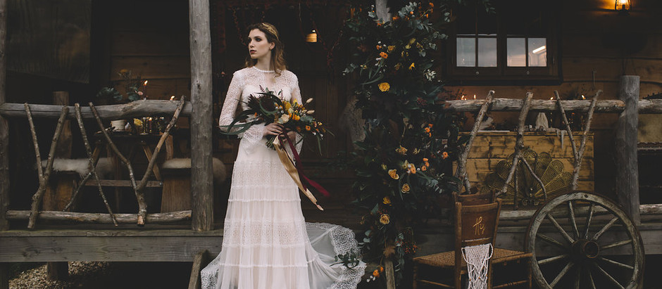 LOOSE REINS, TIGHT BONDS - an intimate and rustic, ranch-style elopement shoot