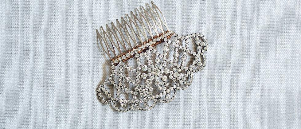 Crystal Set Mantilla Comb