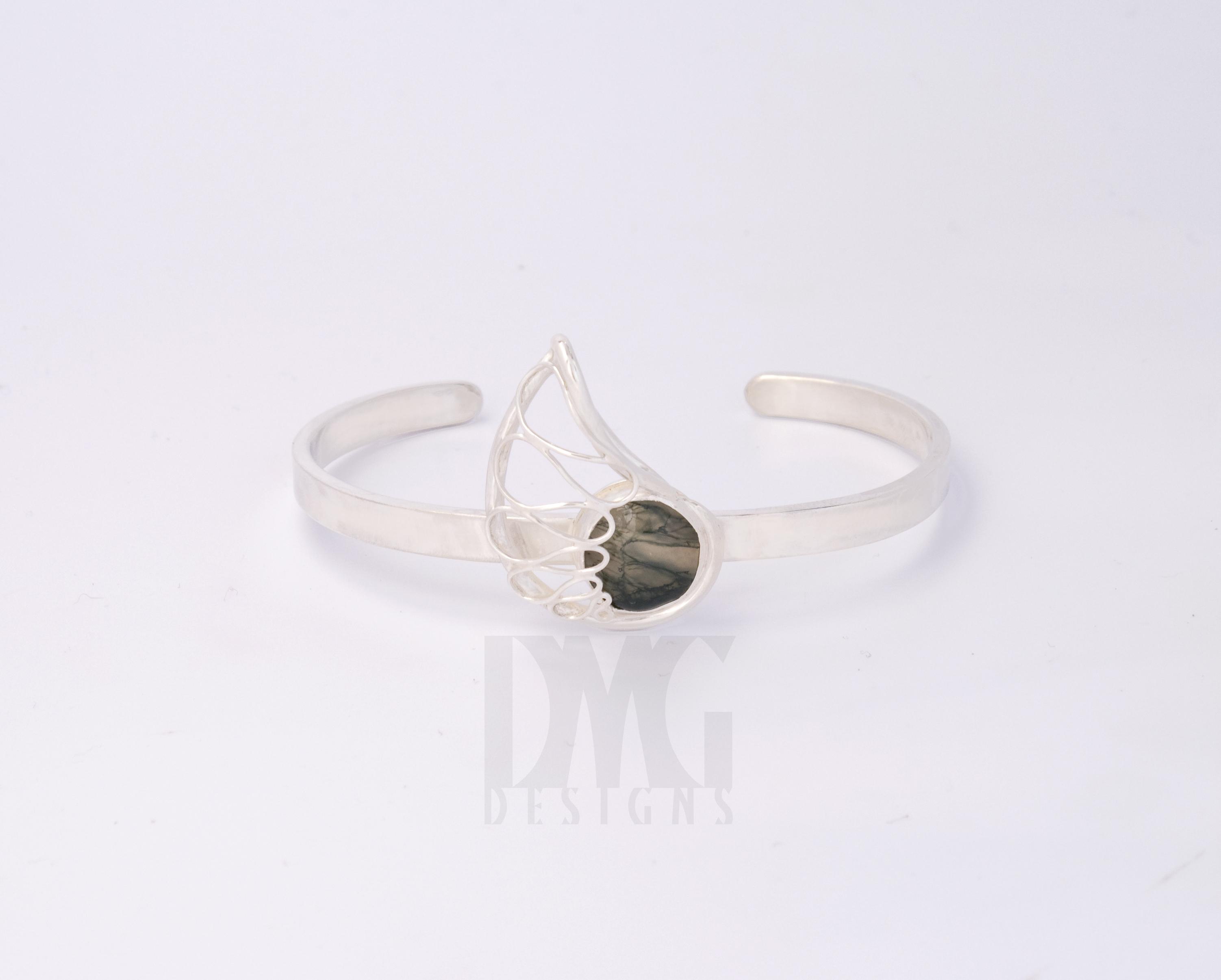 Moss Agate Nautilus Wirework Cuff Bracelet