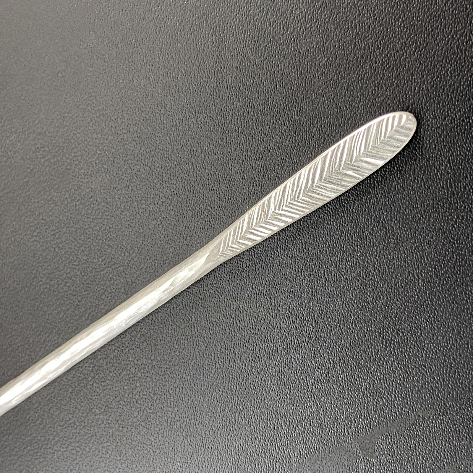 SS Stirrer feather1