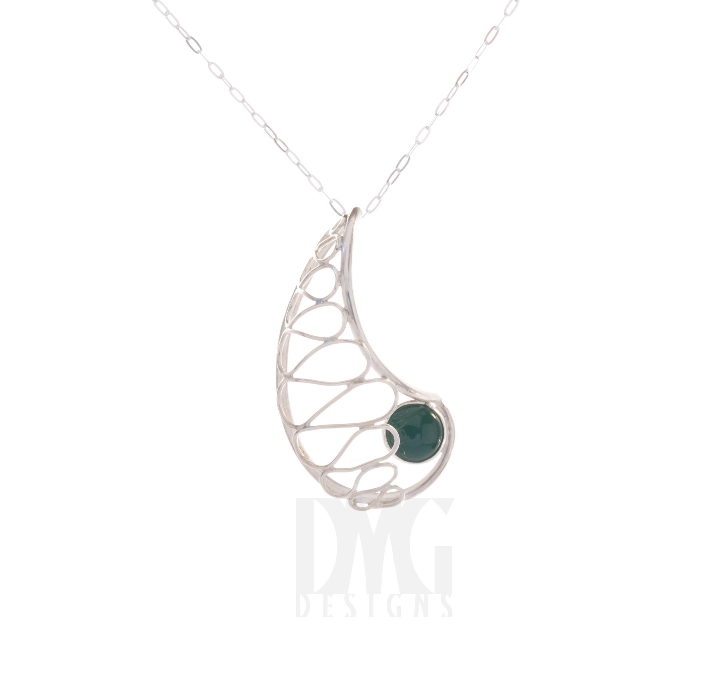 Green Onyx Gesture Nautilus wirework pendant