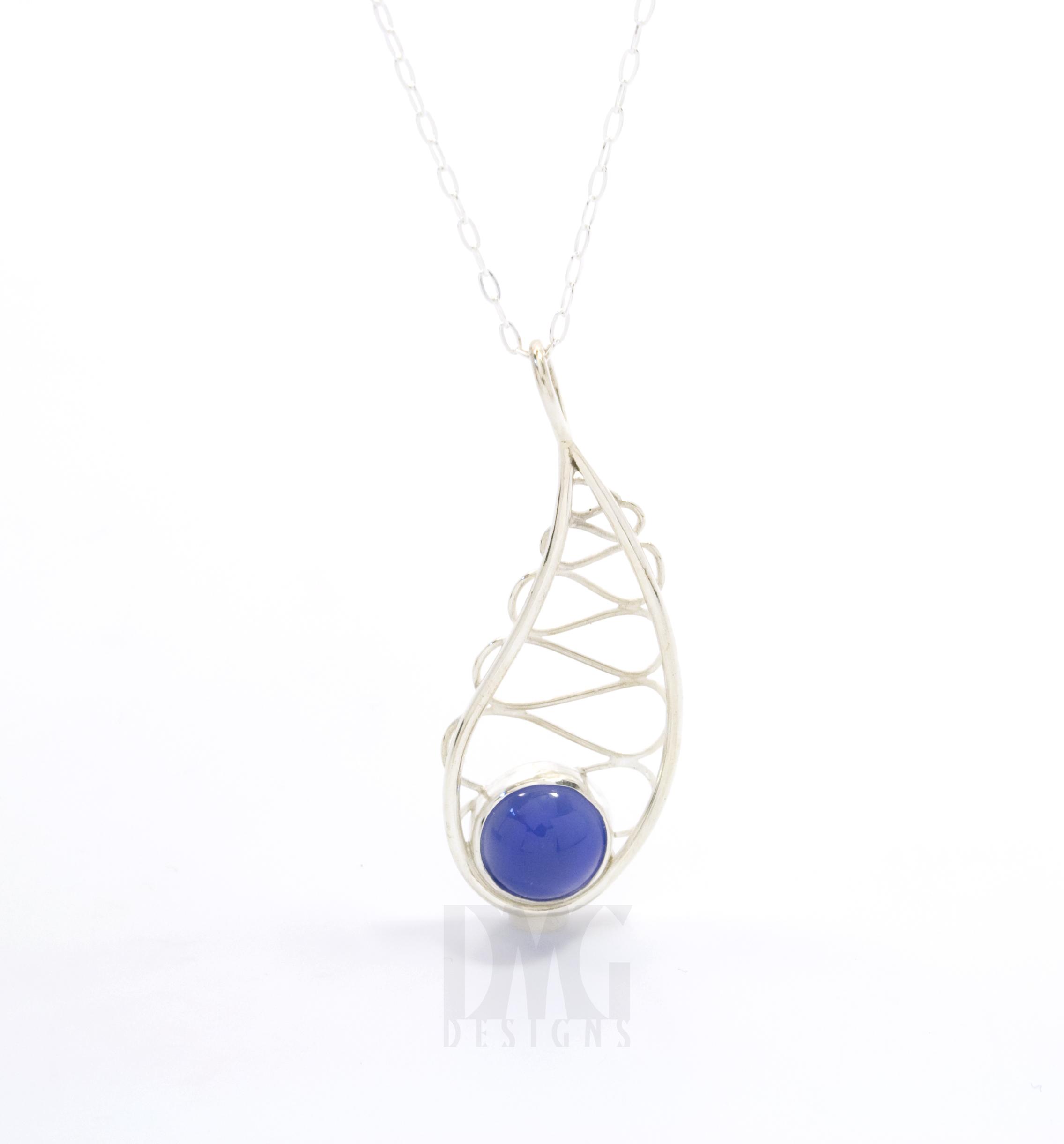 Blue onyx leaf gesture wirework pendant